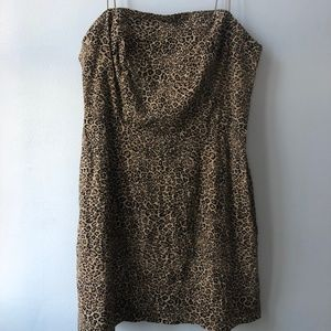 Urban Outfitters Cheetah Stretch Linen Mini Dress